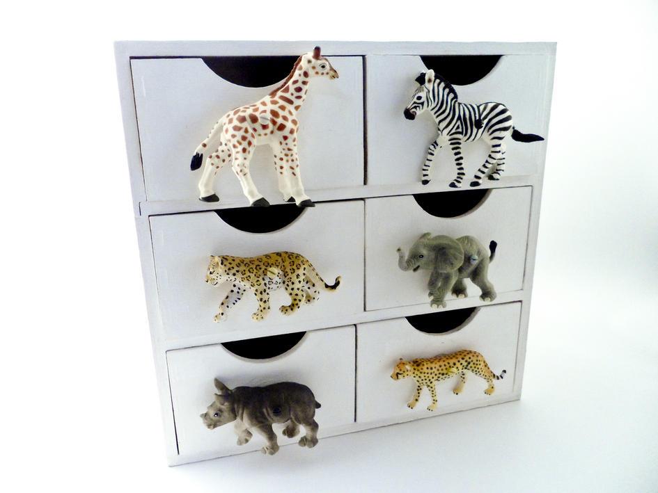 Safari Themed Bedroom Zebra Animal Cupboard or Drawer Knob. Themed Bedroom Zebra Animal Cupboard or Drawer Knob