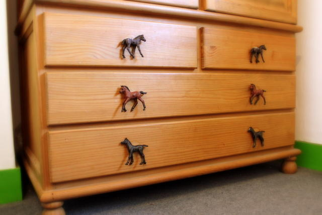 Blue boys bedroom ideas - Horse Bedroom Accessories Eight Horse Cupboard Amp Drawer