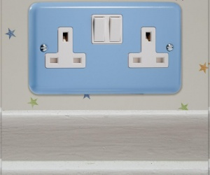 2 IN STOCK - Duck Egg Blue 13 Amp Switched Socket 2 Gang (Double) Plug Socket Varilight CQ XY5W.DB