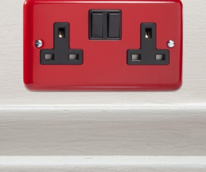 Designer Pillar Box Red British Made Double Plug Switch Socket CQ XY5B.PR Perfect For a Boys Football Bedroom