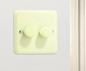 Retro White Chocolate (Cream) Double LED Dimmer Switch - Varilight V-Pro Series 2 Gang (Double), 1 or 2 Way 2x250 Watt (Trailing Edge) Dimmer Switch CQ JYP252.WC
